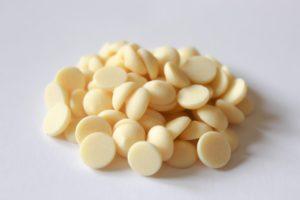 Callebaut White chocolate callets 28% cocoa solids